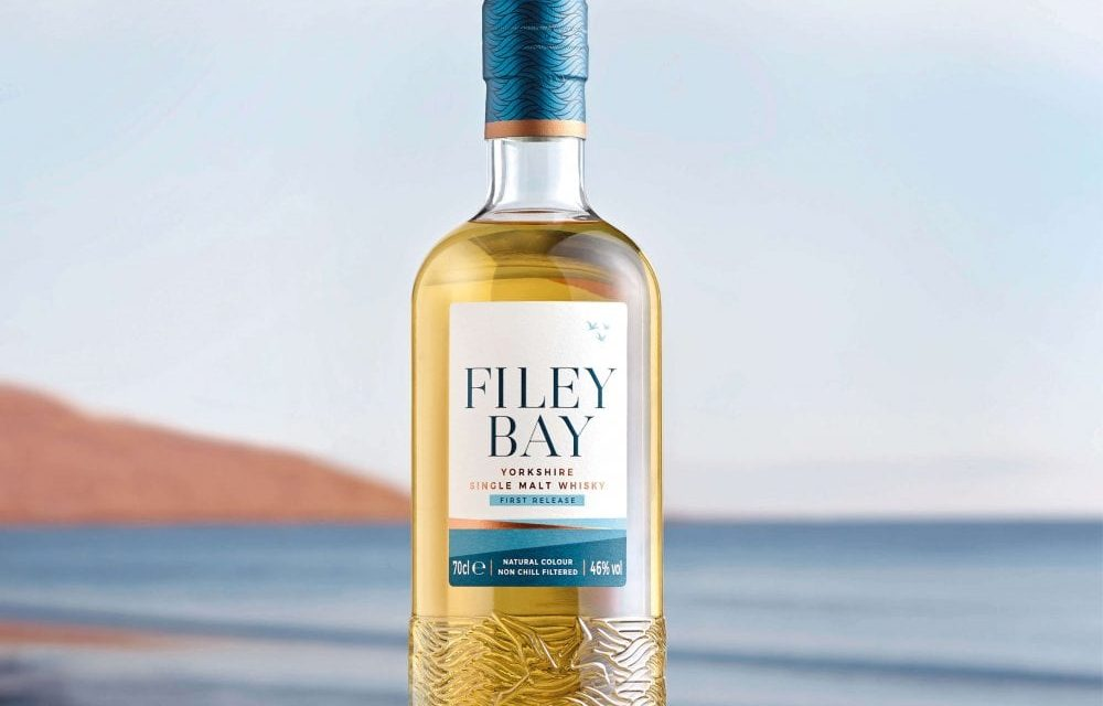 Spirit of Yorkshire lanza Filey Bay Single Malt Whisky