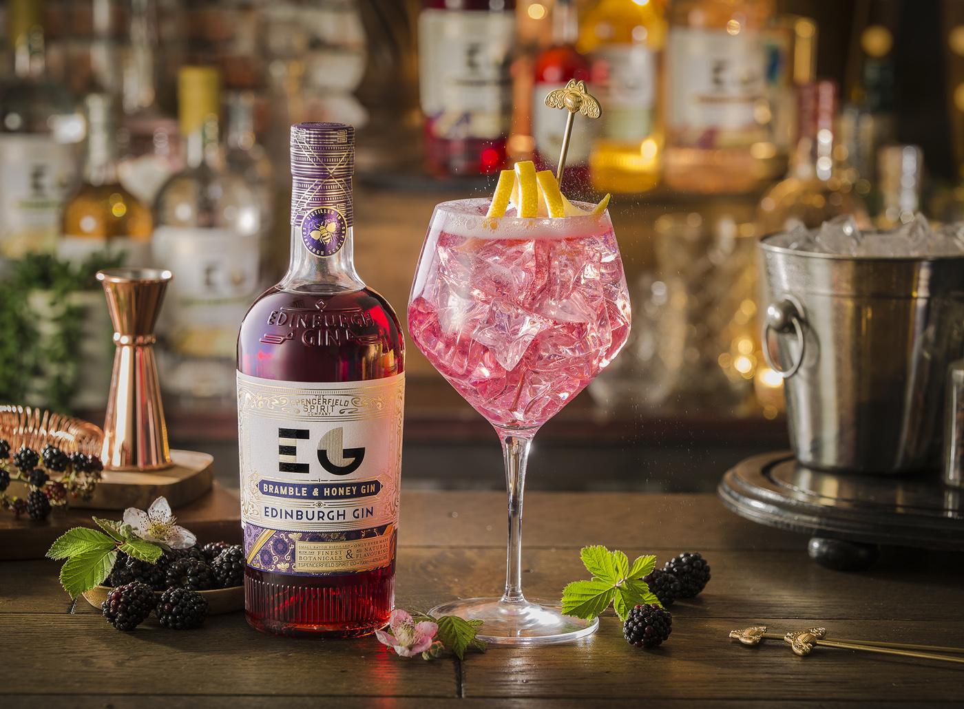 Ian Macleod Distillers y Edinburgh Gin lanzan Bramble & Honey