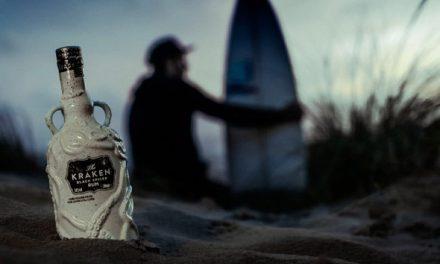 Kraken apoya a Surfers Against Sewage con su nueva botella de cerámica Reef Wreckage