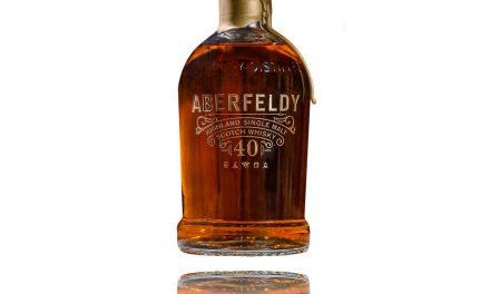 Aberfeldy lanza tres whiskies de barril único de 40 años de antigüedad