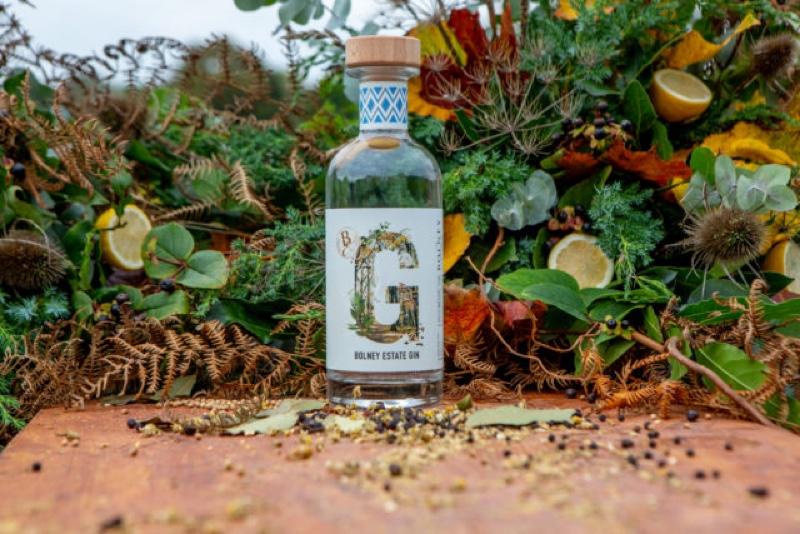 Bolney Wine Estate presenta su ginebra inaugural, Bolney Estate Gin