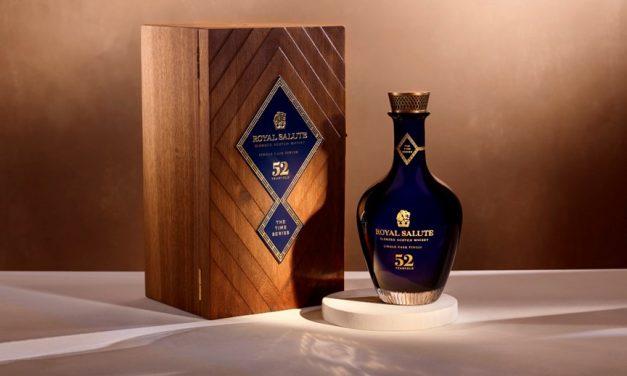 Royal Salute lanza botellas de 52 años de antigüedad en TR