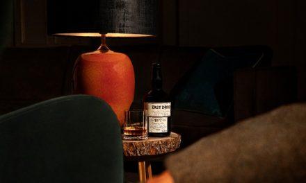 Last Drop Distillers embotella 1977 Dumbarton whisky