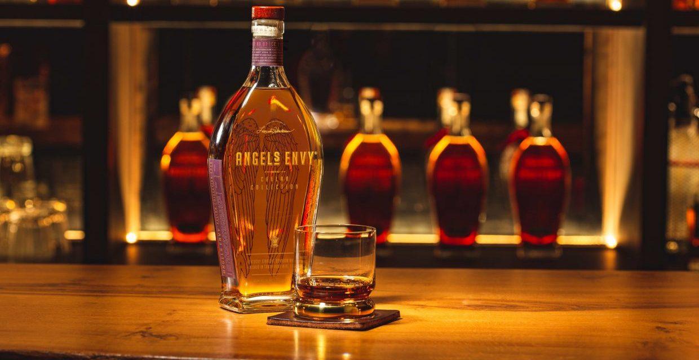 Angel's Envy embotella su Bourbón más antiguo, Envy Kentucky Straight Bourbon Whisky
