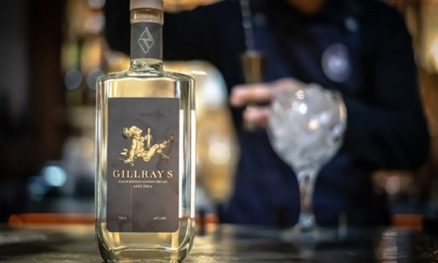 Gillray's y Rebel Distillers crean Gillray's classic London Dry