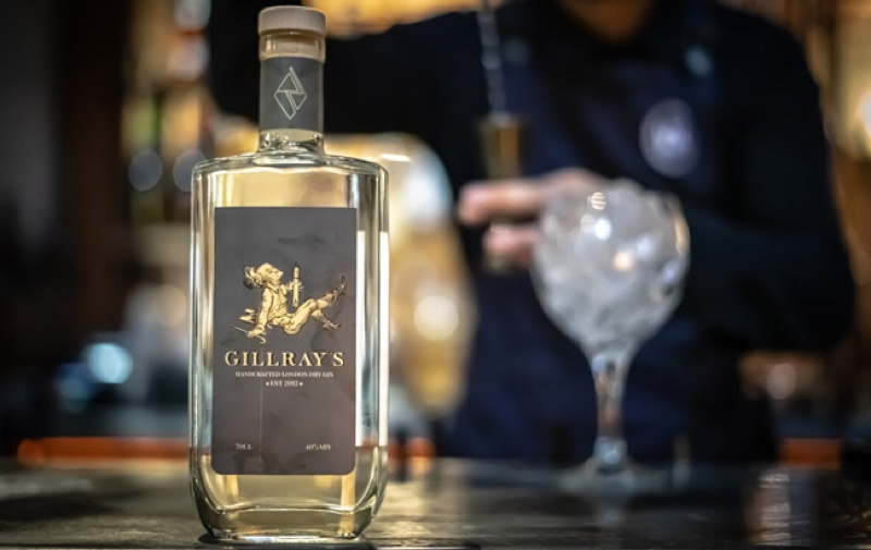 Gillray's y Rebel Distillers crean Gillray's classic London Dry