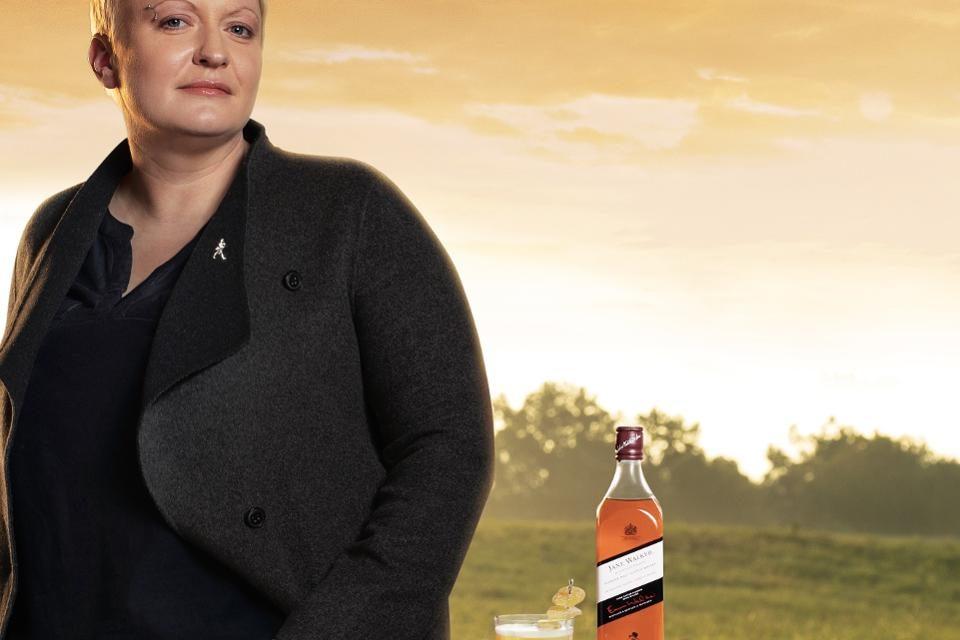 Diageo estrena una nueva botella de Jane Walker con Craftswomen