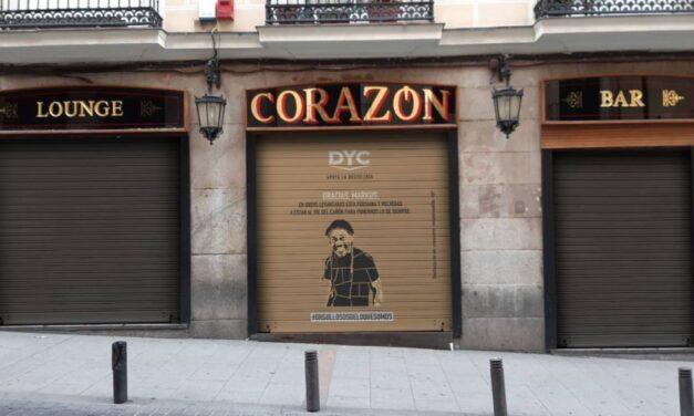 DYC apoya a la hostelería alquilando y personalizando los cierres de los bares bajo la propuesta #orgullososdeloquesomos