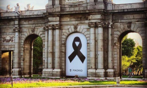 Las cinco terrazas de la Puerta de Alcalá sincronizan sus aperturas el 25 de mayo bajo el lema 'la vida sigue'