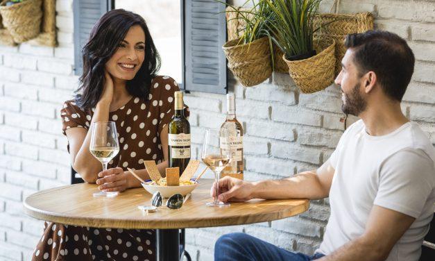 """Ramón Bilbao invita a los consumidores a """"brindar hoy en casa para brindar mañana en los bares"""""""