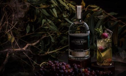 Archie Rose, pionero de la bebida alcohólica hecha de uvas ahumadas con The Hunter Valley Shiraz Spirit