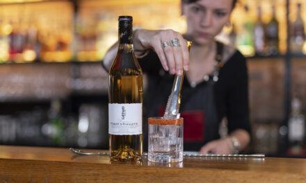 Giffard crea un licor picante con pimientos franceses, The Giffard Piment d'Espelette
