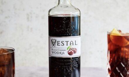 Vestal Vodka revela sus primeros sabores: Vestal Vodka Black Cherry y Vestal Vodka Raspberry and Blackcurrant