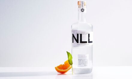 "Salcombe Distilling Co. lanza ""espíritu"" de cero ABV, New London Light"