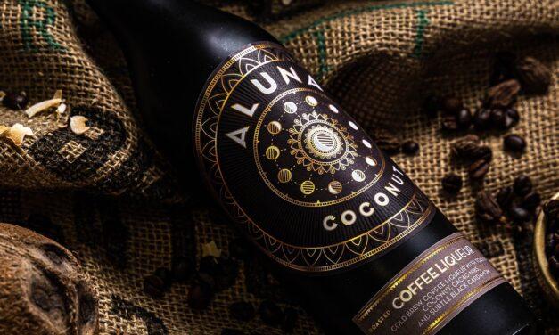 Aluna Coconut crea licor de café con Aluna Coconut Coffee Liqueur