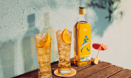 "Diageo lanza un whisky escocés Johnnie Walker ""más dulce"", Johnnie Blonde"