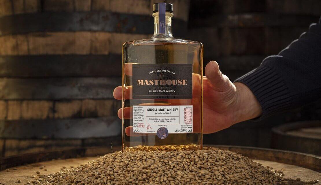 Copper Rivet Distillery lanza su primer whisky, Masthouse Whisky