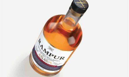 Rampur presenta Rampur Asava, whisky terminado con Cabernet Savignon