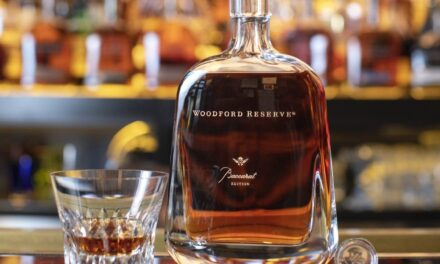 Woodford Reserve lanza un whisky de edición limitada de primera calidad en los decantadores Baccarat