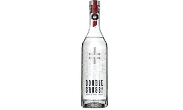 """El vodka Double Cross revela el nuevo diseño de la botella y lanza la campaña """"Atrévete a diferenciar"""""""