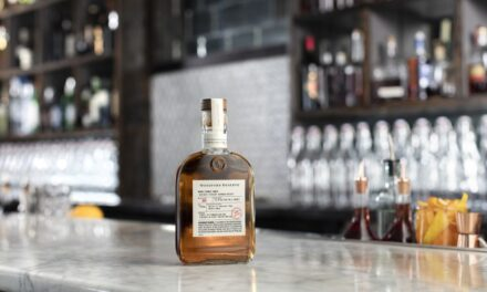Woodford Reserve Double Oaked 2021 se lanza como parte de Winter Distillery Series