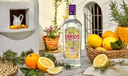La icónica Larios Dry Gin presenta su nuevo diseño inspirado en la esencia del Mediterráneo