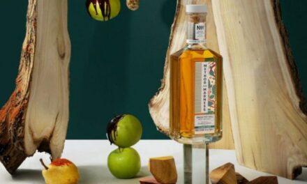 Method And Madness lanza el primer whisky irlandés del mundo acabado en madera de morera, Method And Madness Mulberry Wood