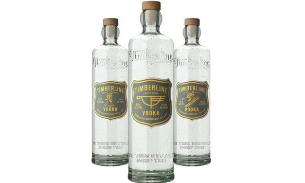 Hood River Distillers lanza el vodka Timberline