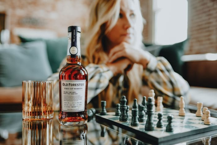 Old Forester estrena la serie 117 y lanza el whisky High Angels' Share