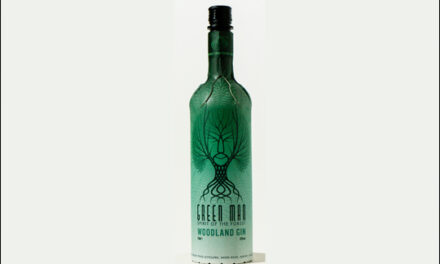 Silent Pool lanza una botella de ginebra de cartón, Silent Pool Green Man Woodland Gin