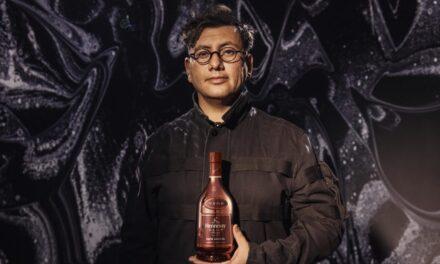 Hennessy se une al artista y director Refik Anadol para la edición limitada V.S.O.P. 2021