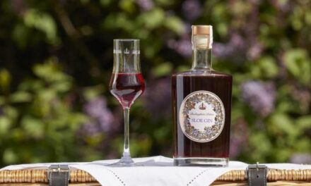The Royal Collection Trust lanza Buckingham Palace Sloe Gin