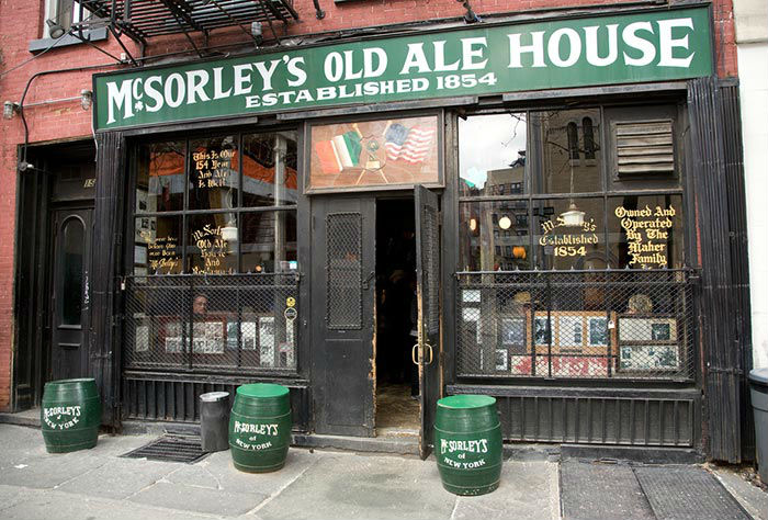 McSorley's Old Ale House (1854) — New York, EEUU