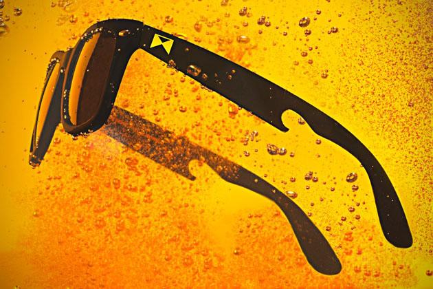 Gafas de sol abrebotellas