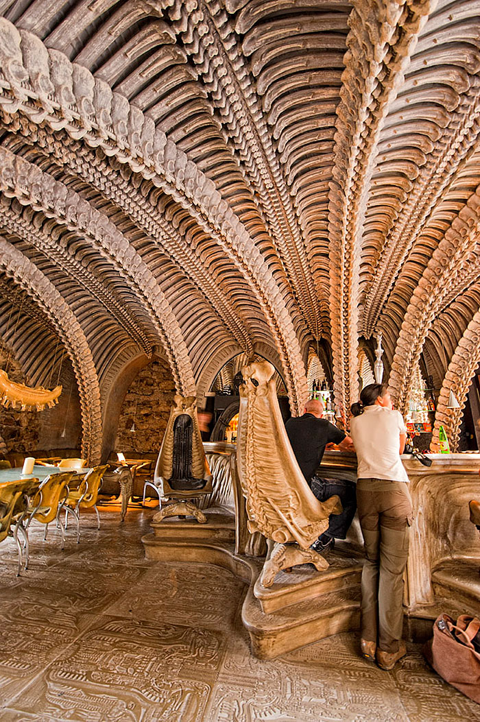 H.R. Giger Museum Bar, Gruyères, Suiza