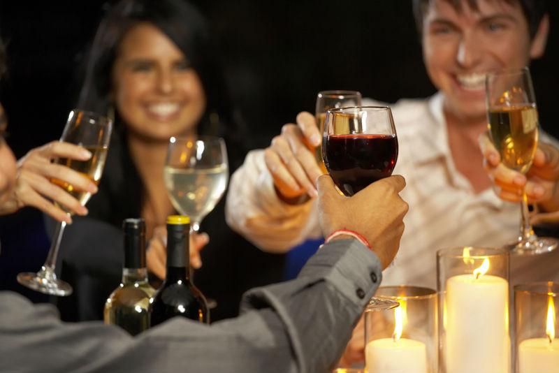 Beber con moderación podría ayudar a la memoria