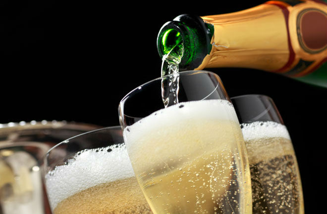 ¿Ayuda el champagne a prevenir el alzheimer?
