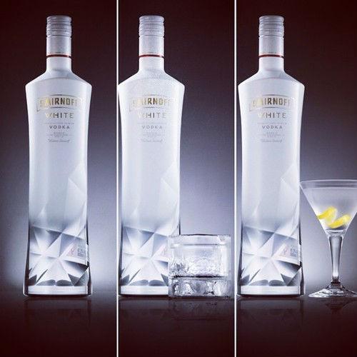 Smirnoff lanza un nuevo vodka exclusivamente para viajeros: Smirnoff White