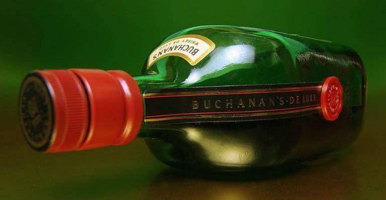 whisky-buchanans-12-2